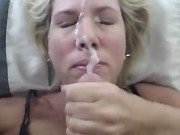 Wife Receives Enormous Facial Cumshot